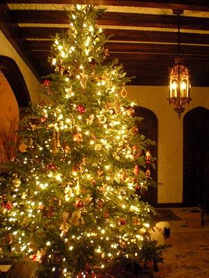 300px-christmas_tree